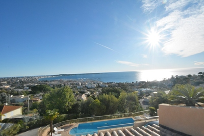 Apartment for sale in GOLFE JUAN  - 4 rooms - 85 m²