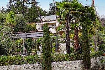 Maison à vendre à VENCE  - 7 pièces - 212 m²