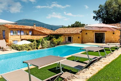 Maison à vendre à LE ROURET  - 7 pièces - 220 m²
