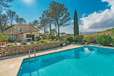 Maison à vendre à ROQUEFORT-LES-PINS  - 8 pièces - 238 m²