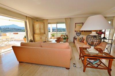 Appartement à vendre à MANDELIEU-LA-NAPOULE  - 5 pièces - 150 m²