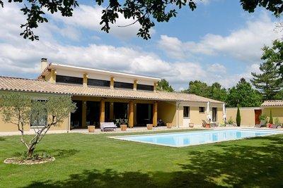 Maison à vendre à GRIGNAN  - 6 pièces - 204 m²