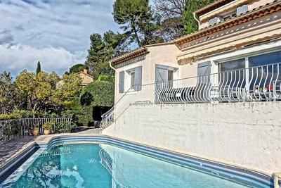 Maison à vendre à LE CANNET  - 5 pièces - 150 m²