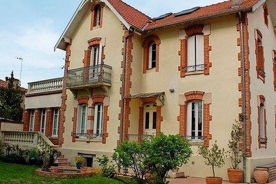 - 8 rooms - 295 m²