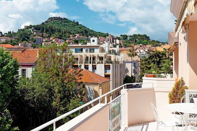 Apartment for sale in HYERES  - 4 rooms - 105 m²