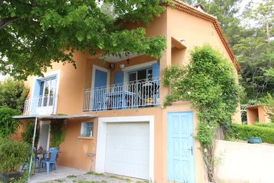 Maison à vendre à APT  - 4 pièces - 130 m²