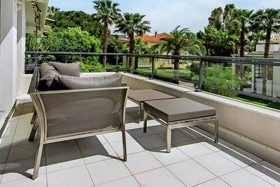 Apartment for sale in JUAN-LES-PINS  - 3 rooms - 70 m²