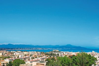 House for sale in ANTIBES  - 10 rooms - 270 m²