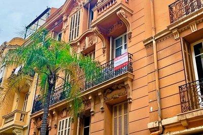 Appartement à vendre à BEAUSOLEIL   - 45 m²