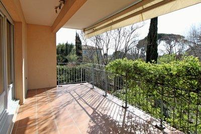 Appartement à vendre à PUYRICARD  - 4 pièces - 91 m²