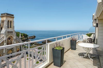 Apartment for sale in BIARRITZ  - 4 rooms - 122 m²