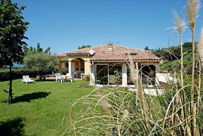 Maison à vendre à LA-BEGUDE-DE-MAZENC  - 6 pièces - 140 m²
