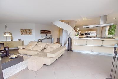 Maison à vendre à THEOULE-SUR-MER  - 6 pièces - 320 m²