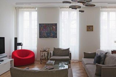 - 7 rooms - 288 m²