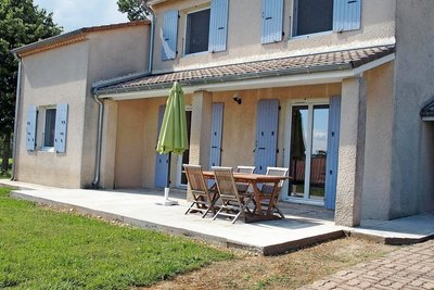 House for sale in MONTELIMAR  - 6 rooms - 130 m²