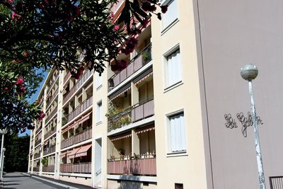 Apartment for sale in BEAULIEU-SUR-MER  - 5 rooms - 105 m²