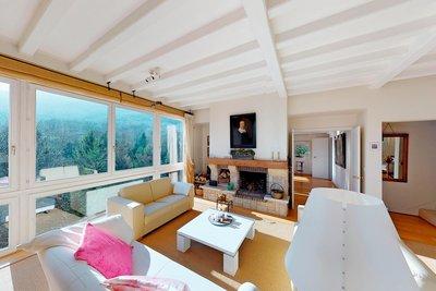 - 6 pièces - 245 m²