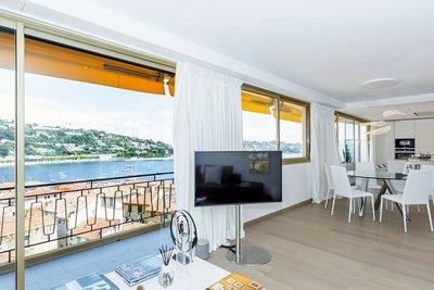 Appartement à vendre à VILLEFRANCHE-SUR-MER  - 3 pièces - 97 m²