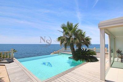 Maison à vendre à CARRY-LE-ROUET  - 7 pièces - 205 m²