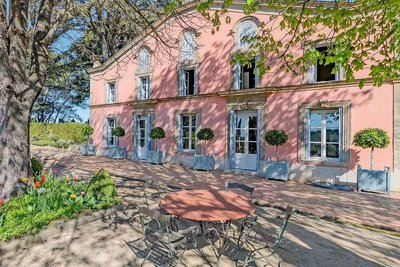 House for sale in AIX-EN-PROVENCE  - 8 rooms - 500 m²