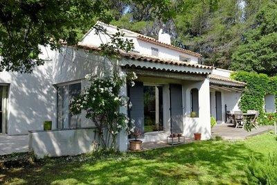 Maison à vendre à LE THOLONET  - 5 pièces - 170 m²