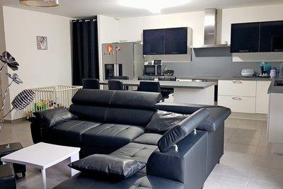 Maison à vendre à DONZERE   - 90 m²