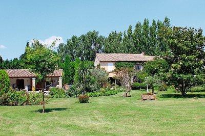 Maison à vendre à CABANNES  - 8 pièces - 275 m²