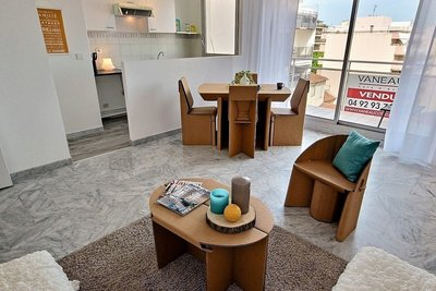Apartment for sale in JUAN-LES-PINS  - 2 rooms - 50 m²