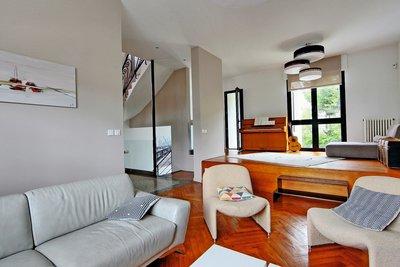 - 5 rooms - 169 m²