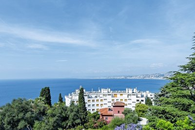 Apartment for sale in NICE Mont Boron - 5 rooms - 150 m²