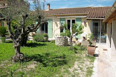 Maison à vendre à ST-REMY-DE-PROVENCE  - 4 pièces - 100 m²