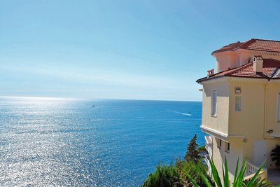 House for sale in NICE   - 320 m²