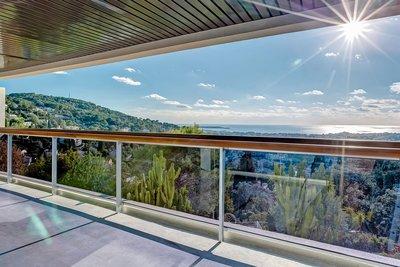 Appartement à vendre à LE CANNET  - 4 pièces - 115 m²