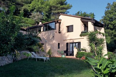 House for sale in MENTON  - 4 rooms - 140 m²