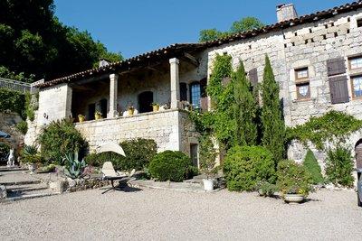 Maison à vendre à PRAYSSAS  - 12 pièces - 680 m²
