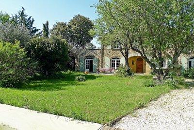 Maison à vendre à SUZE LA ROUSSE  - 5 pièces - 190 m²