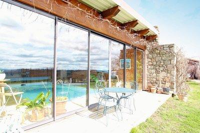 Maison à vendre à BOISSET  - 11 pièces - 440 m²