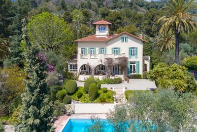 Maison à vendre à GRASSE  - 10 pièces - 300 m²