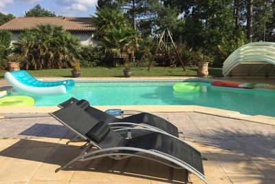 House for sale in LA TESTE-DE-BUCH  - 6 rooms - 150 m²