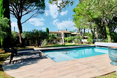 House for sale in ST-REMY-DE-PROVENCE  - 6 rooms - 280 m²