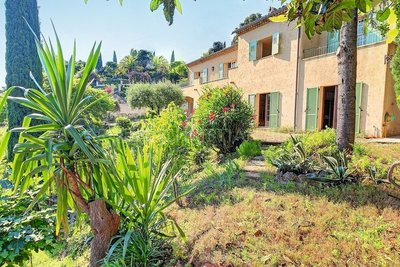 Maison à vendre à MANDELIEU-LA-NAPOULE  - 7 pièces - 186 m²