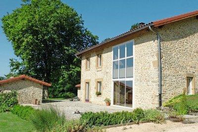 Maison à vendre à GENISSIEUX  - 6 pièces - 183 m²