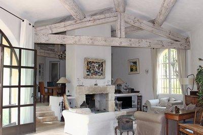 - 10 rooms - 450 m²