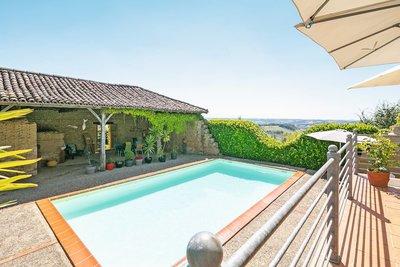 Maison à vendre à L ISLE EN DODON  - 9 pièces - 479 m²
