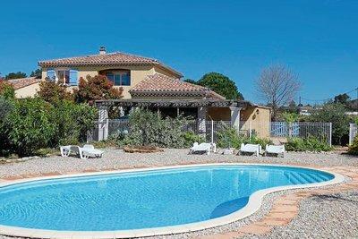 Maison à vendre à SUZE LA ROUSSE  - 9 pièces - 266 m²