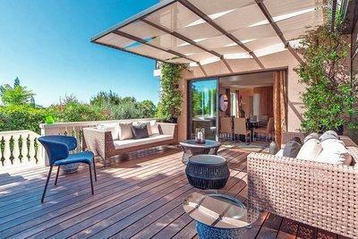 Maison à vendre à CAP-D'AIL  - 6 pièces - 300 m²