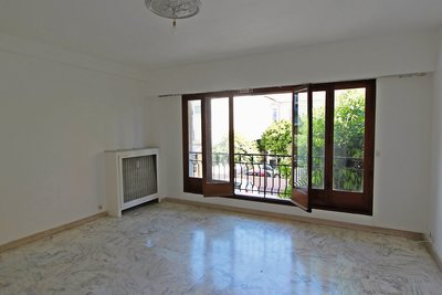 Apartment for sale in BEAULIEU-SUR-MER  - 3 rooms - 66 m²