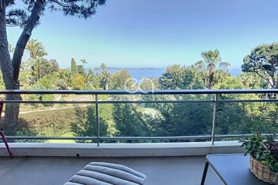 Apartment for sale in GOLFE JUAN  - 3 rooms - 76 m²