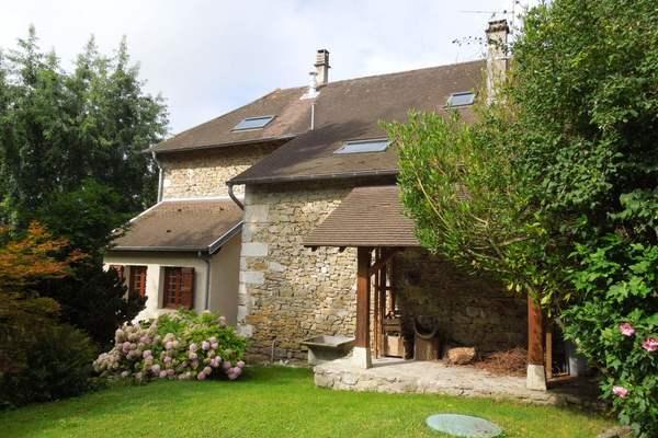 BELLEY - Annonce Maison à vendre5 pièces - 220 m²