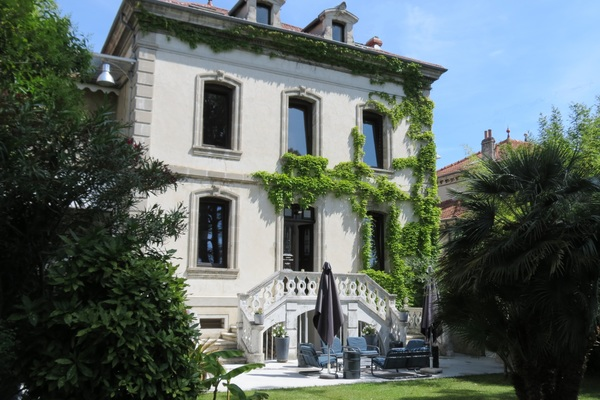 MONTÉLIMAR - Annonce Maison à vendre12 pièces - 304 m²